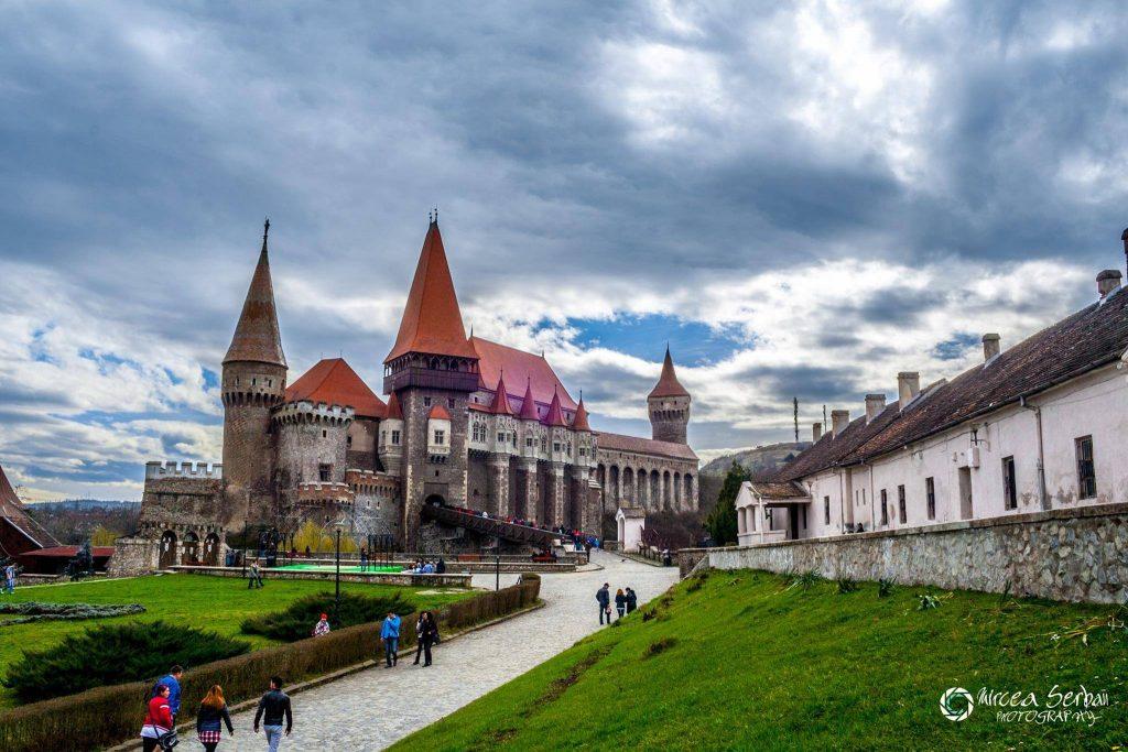 Castelul Corvinilor județul Hunedoara