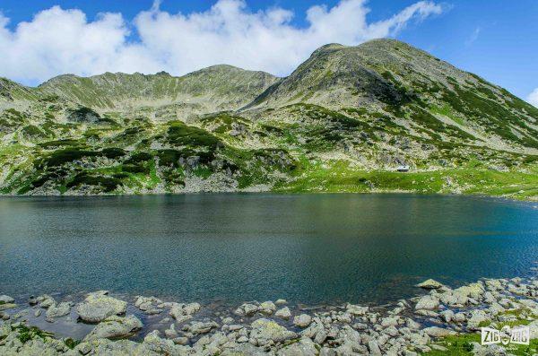 Lacul Bucura. Munții Retezat