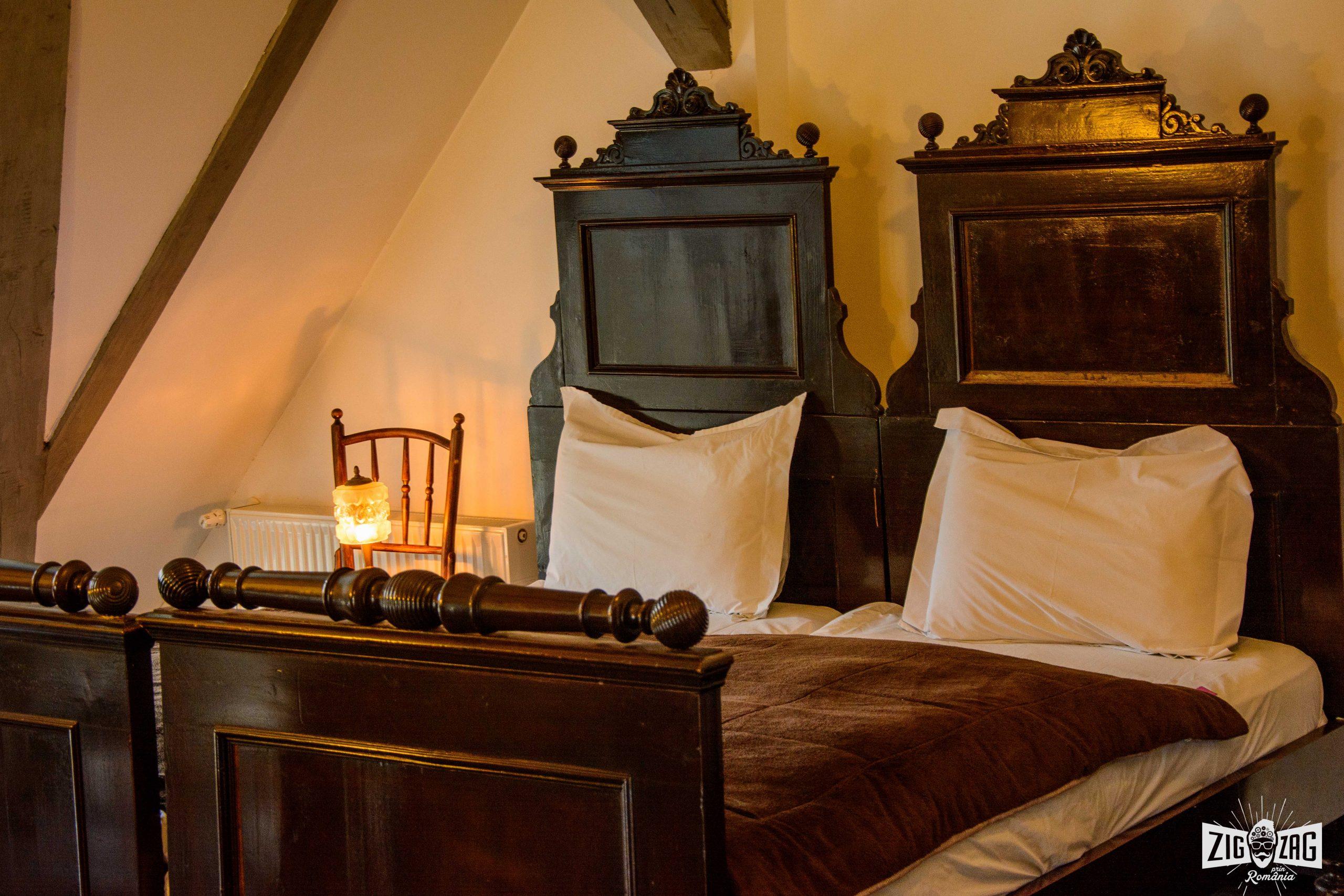 conacul archia paturi