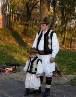 6 obiceiuri de Paşte din judeţul Hunedoara, care te vor surprinde